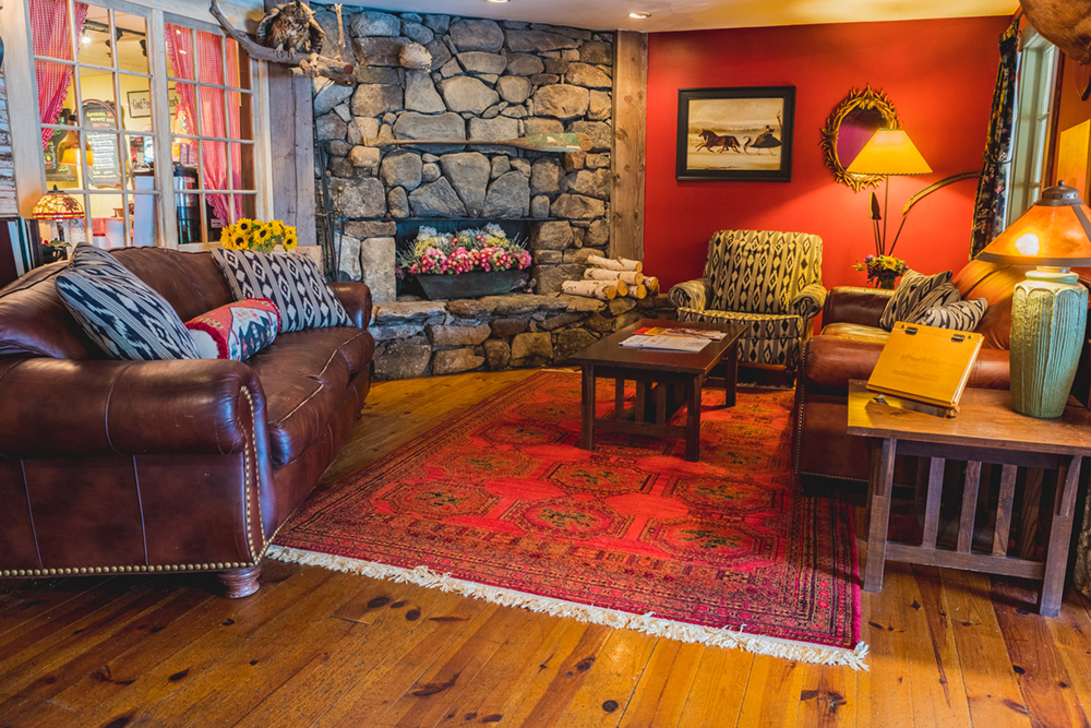 Foster's Boiler Room is located inside our Common Man Inn & Spa in Plymouth, N.H. and serves a variety of fine American foods, from light fare to hearty selections, served in our lively pub, or fire-side in our Abenaki dining room.